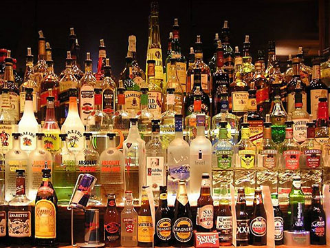 alcohol-bar.SakshiSharma.flickr