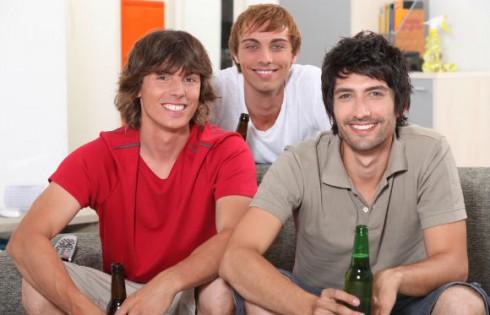 frat-guys-smile-hang.auremar.Shutterstock