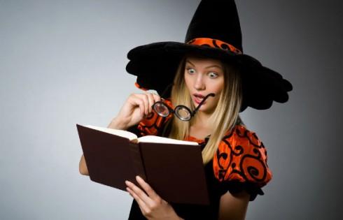 halloween-witch-surprise.Elnur.Shutterstock