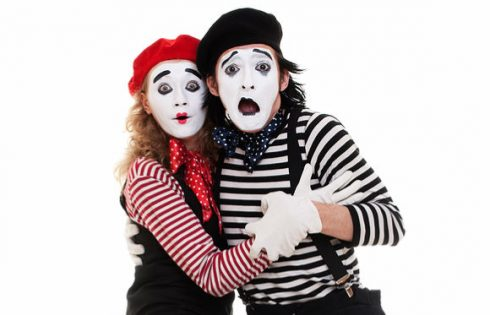 clown-mime-costume-halloween-artfamily-shutterstock