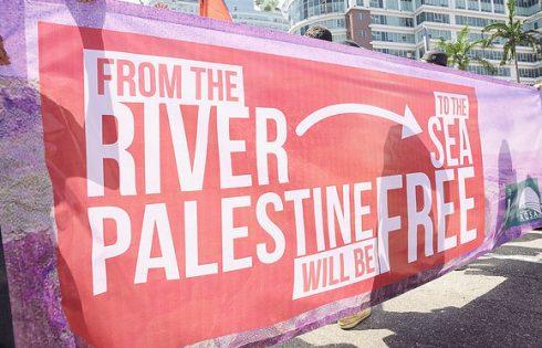 israel-palestine-antisemitism-khairul_effendi-shutterstock