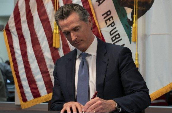 Despite lockdowns, California pushes forward on plan to dispense free abortion drugs to college students